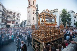 CORDOBA. 14-04-17. HERMANDAD DEL SANTO SEPULCRO, VIERNES SANTO. FOTO: ALVARO CARMONA. ARCHCOR